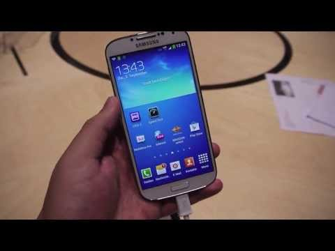 Hands on with the LTE-Advanced Samsung Galaxy S4