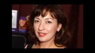 Actress Elizabeth Peña Dies at 55 Thumbnail
