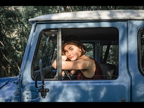 1979 Toyota Land Cruiser BJ40 (FJ40 BJ42) - Girl Drives LandCruiser