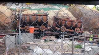 MINE CARS OUT!!! Snow White Seven Dwarfs MINE TRAIN COASTER Ride UPDATE 9/18/13 CONSTRUCTION