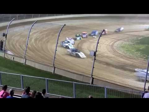 Mods 44 lap feature race at Lawrenceburg speedway 7/1/17