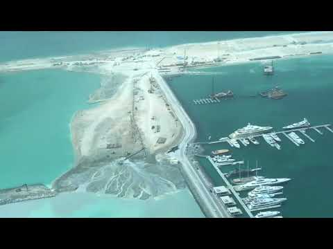 How are the New Islands built in Dubai