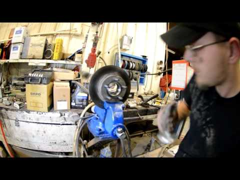 1994 Ford explorer Front wheel bearing replacement