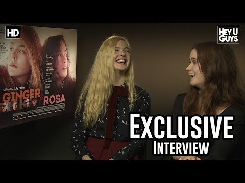 Elle ning and Alice Englert   Ginger and Rosa