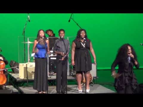 Nychelle Winters singing In Vain By Jazmine Sullivan for Abbondanza 2013