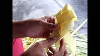 Repeat youtube video สานปลาตะเพียน ด้วยใบลาน