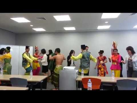 Malaysia Tourism Promotion Board Ethnic Dance Troupe Show in Nagoya Japan マレーシア政府観光局 民族舞踊団ショー