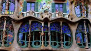 видео Архитектура Гауди в Барселоне: достопримечательности, здания, фото