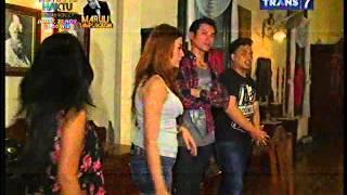 Download Video Wisata Malam   Arandella Christa & Siva Aprilia 1 MP3 3GP MP4