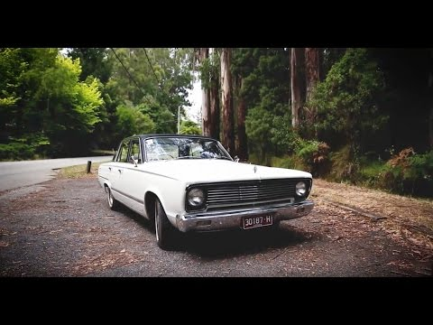 Chrysler Valiant V8 - Shannons Club TV - Episode 49