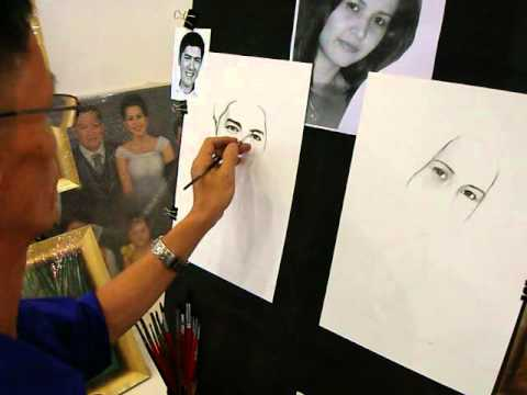 Left & right handed artist make a charcoal portrait for Vic sotto ,Quezon city  Philippines.(part 2)
