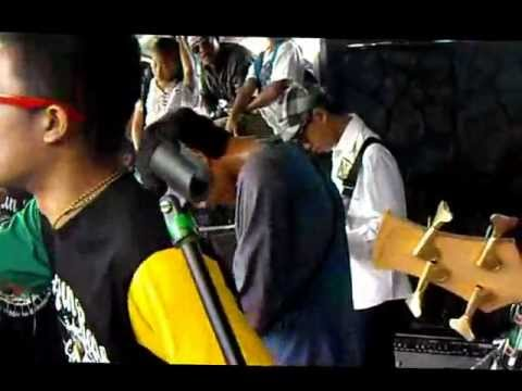 KUMRUN RASKA - BERDANSKA live @kolam renang Mugi Jaya, Ciparay.mp4