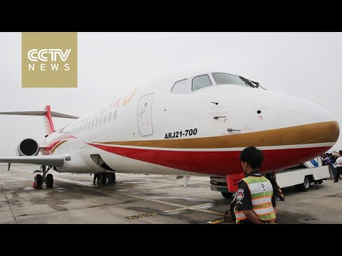 China's first regional jet starts commercial operations