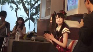 AKB48 - 前田亜美 & 阿部マリア (シンガポール) #6 AKB48's Maeda Ami &...