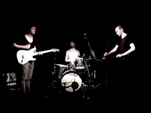 Snap live at Akouphène 2015