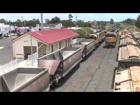 Queensland :  Coal Trains Around Oakey