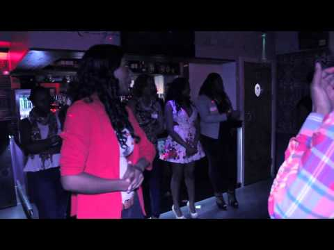 Lela's Lounge Singles Mingle