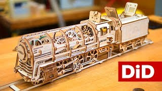 739. Mały majsterkowicz. Ugears: model pociągu z wagonem na węgiel