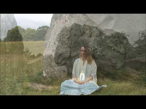 "Egil Fylling & Shivani Heggen ""Blissful Moments"""