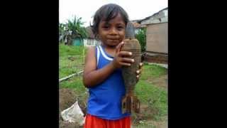 """モロタイ島で戦争を""""掘る""""若者たち(2 )Swadaya Museum Pemerhati Perang Dunia II, Morotai"""