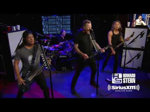 Metallica: live videos from the Howard Stern Show and talks about Lemmy-inspired song