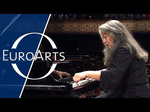 Martha Argerich: Ravel - Piano Concerto in G Major | Nobel Prize Concert 2009