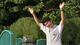 爆笑!白目っぷりがステキなゲスコンさん(笑)【ヒッピティ・ホッピティ・スプリングタイム】 (トゥーンタウンで立ち見)【TDL】2015/5/30 thumbnail