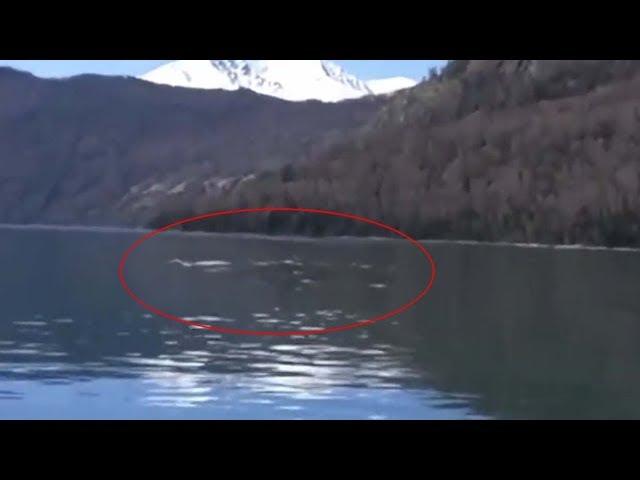 Turistas graban el legendario monstruo del lago Kanas en China