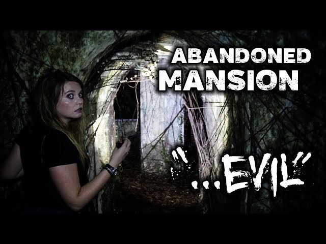 Night in a REAL Haunted Mansion | SCARY AND ABANDONED! | Bukit Tunku KL