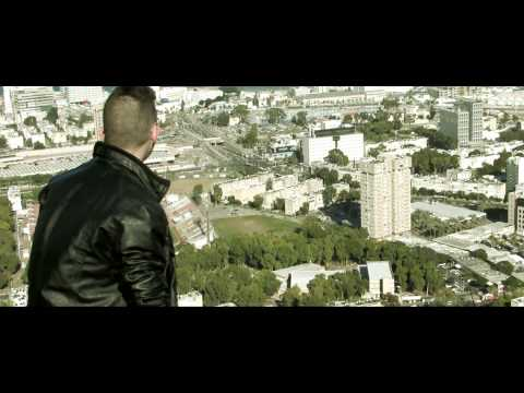 "K7NG - "" MOMENTS 