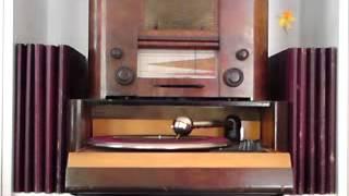 SCHÖNER GIGOLO (Just a Gigolo), gespielt von einer argentinischen Tangokapelle