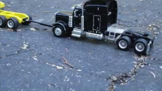 1/64 Custom Heavy Haul Semi Truck Load - Transformer Trailer