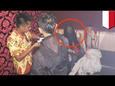 Foto viral penampakan kuntilanak di tempat karaoke -  TomoNews