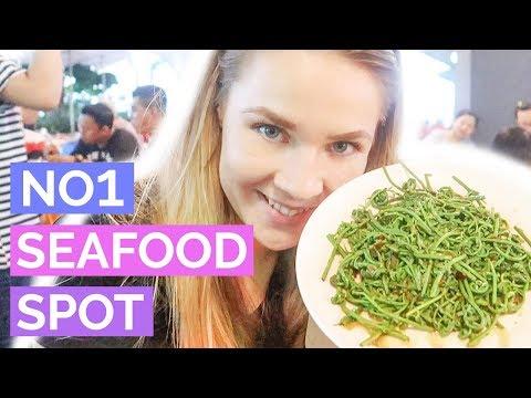 TOURISTS try Sarawak Seafood @ Topspot Foodcourt