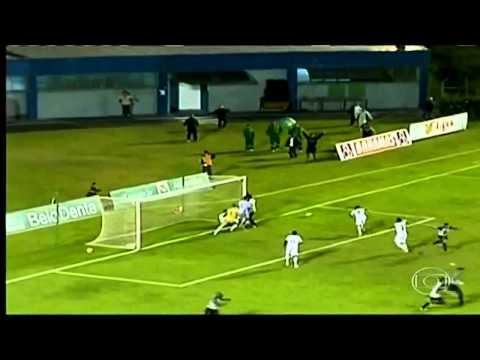 Increíble! Masajista impide un gol en el minuto 89! Tupi MG vs Aparecidense GO Serie D
