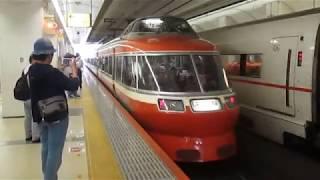 小田急電鉄7000形 7004F(LSE)町田駅到着(車内より)~発車【乗降ドアは折戸】