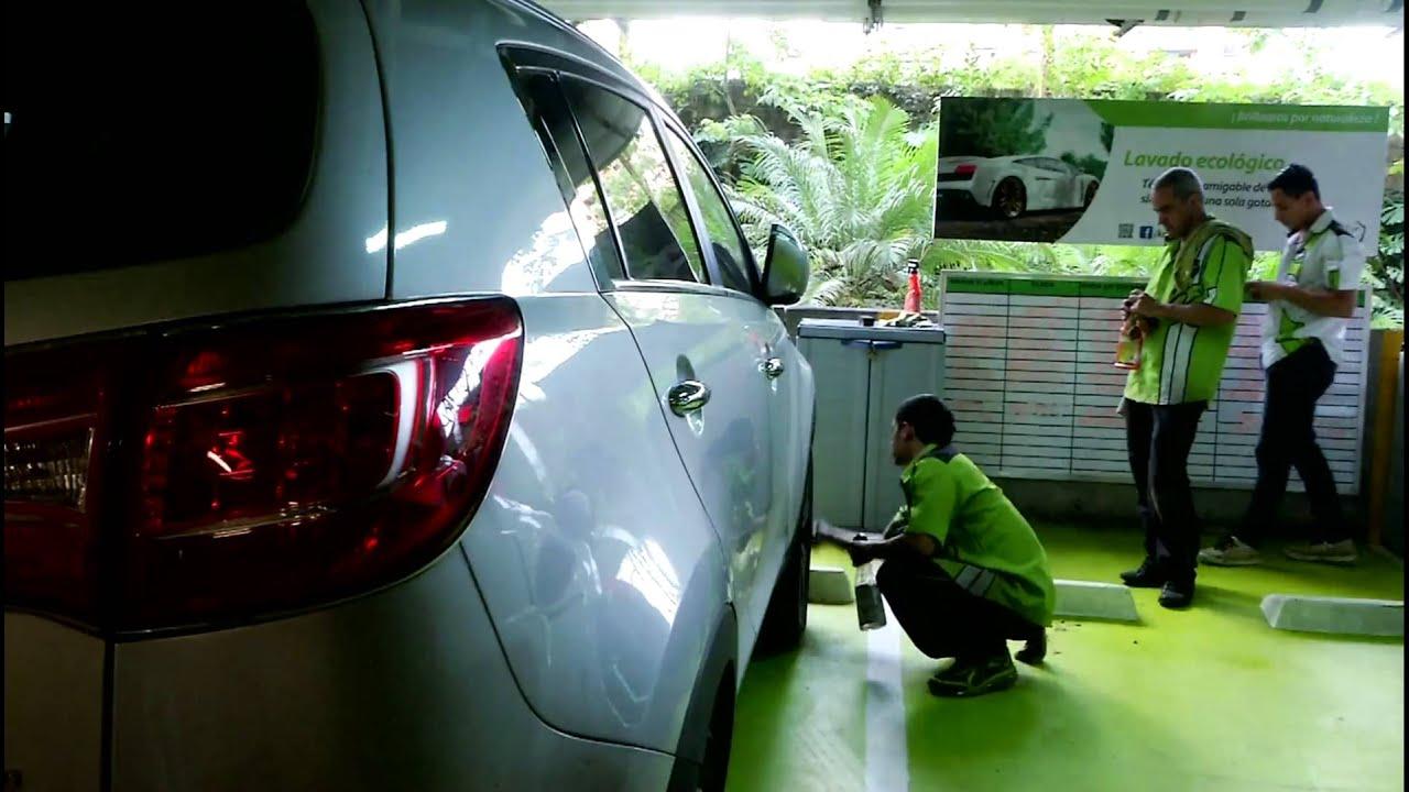 Limpieza de coche - 3 4