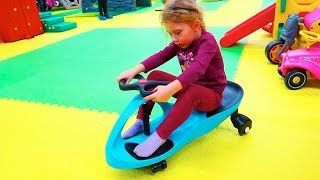 Melissa la TEREN DE JOACA in BRASOV | PlayGround for KIDS thumbnail