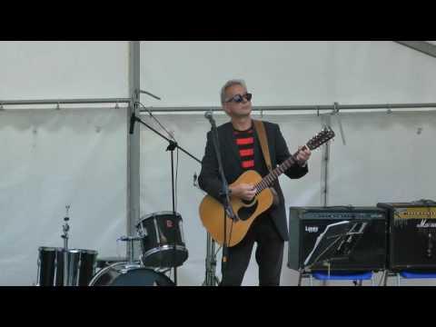3 07b MIKE CUMMINGS - Shine On You Crazy Diamond (2016 Ashton Gardens St Annes UK)