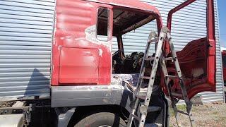 Ремонт пластика на грузовик МАН ТГА по собственной технологии.Скоро МАН станет снова красивым.