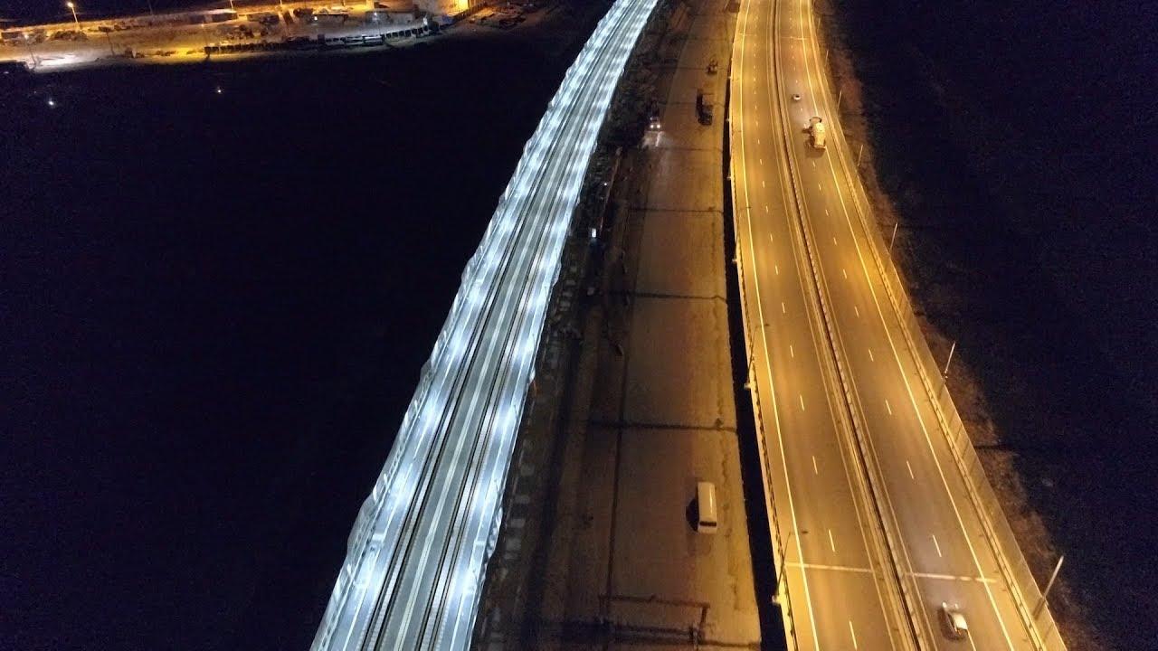 На Крымском мосту протестировали освещение железной дороги