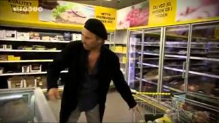 Cecilie Frøkjær ignorerer en hjælpeløs Martin Brygmann - Zulu Comedy Galla 2011