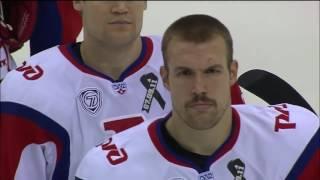 Cuando en un partido de hockey en vez de sonar el himno ruso se escucha el soviético