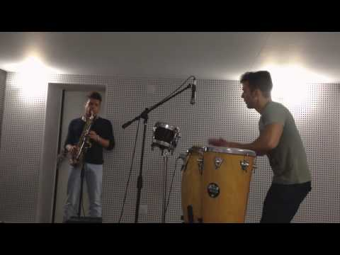 LIVE STUDIO SAX AND DRUMS DEEPHOUSE MUSIC