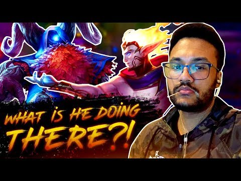 WHAT IS HE DOING THERE?! | APHROMOO