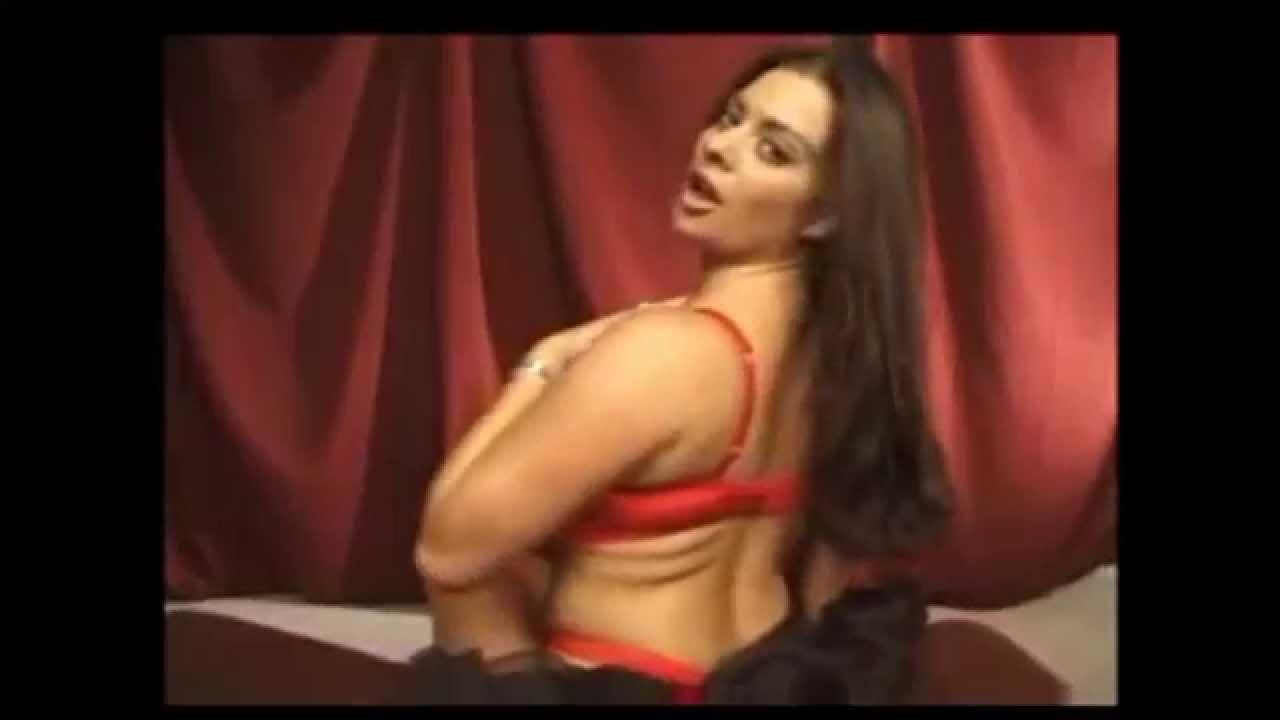 smotret-klassniy-striptiz-brazilyanki-pozhilie
