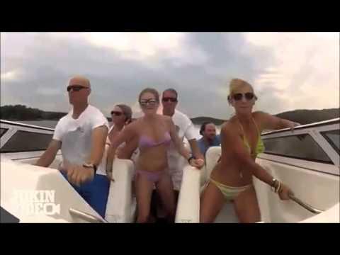 Смотреть секс прогулка на лодке фото 47-512