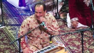 Rahat Fateh Ali Khan singing Teri Meri Live (Bodyguard)