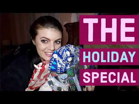 Shopping and Wrapping My Parrots Presents For The Holidays | HOLIDAY PET SPECIAL