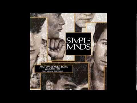 Simple Minds Milton Keynes England 22.6.1986